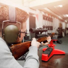 Gewehrauflage und Einschießbock